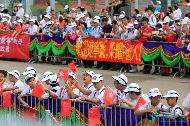 惊涛骇浪中的中国航母15.webp.jpg