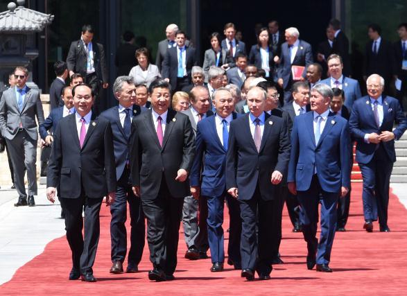 聚焦十九大:中国智慧助建新型国际关系.jpg