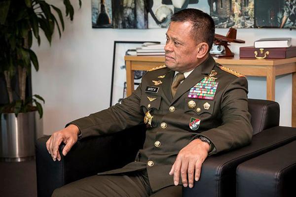 印尼武装部队司令应邀赴美被拒入境 印尼讨要说法.jpg