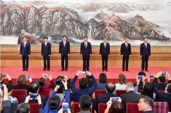 新一届中共中央政治局常委的香江情缘1.jpg