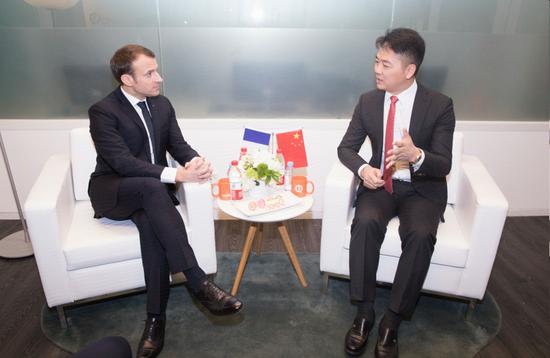 马克龙会见刘强东 京东承诺2年卖20亿欧元法国商品.png
