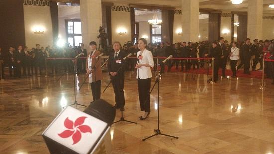 全国人大代表、内蒙古赤峰星之路自闭症儿童康复中心校长王欣会2.jpg