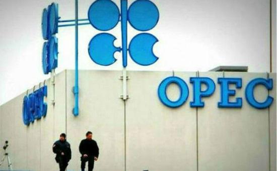 欧佩克与非欧佩克产油国同意维持减产至7月底