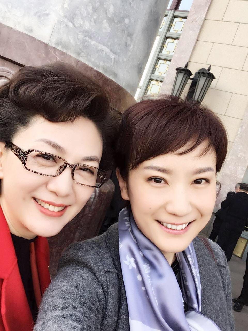 海霞姐和秦枫是老相识