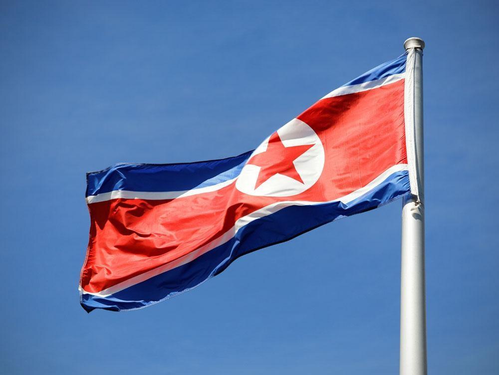 朝鲜军方严重警告美国 拟对关岛周边包围射击